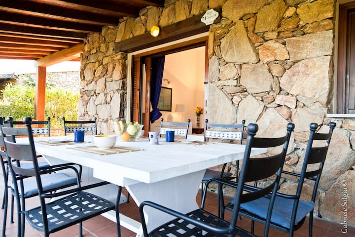 Teodora Villa, Stunning Place In Front of the Sea!