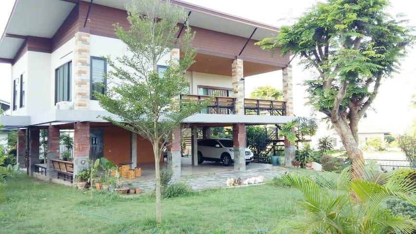Chateau de Ya@Holiday park Khaoyai - Nakhon Ratchasima - House