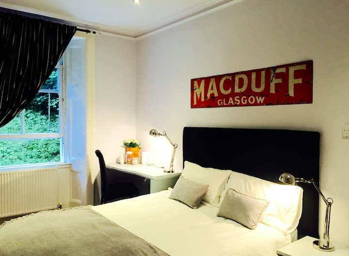 Beautiful Room Glasgow's West End