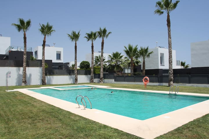 Beautiful house at La Finca Golf - Algorfa - Talo