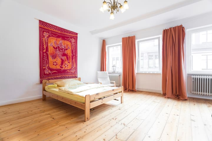B&B at the castle - Yoga Room - Aschaffenburg - Oda + Kahvaltı