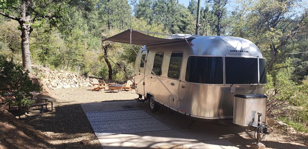 Airstream in the Woods - Granite Cove