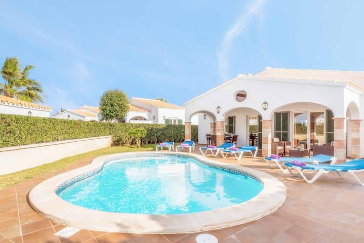 Villa Adelfa