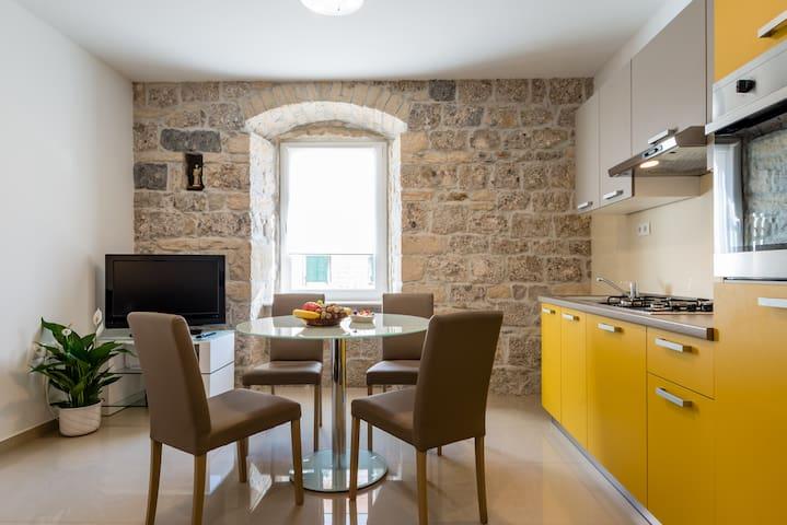 Apartman Mila - Sinj - Appartement