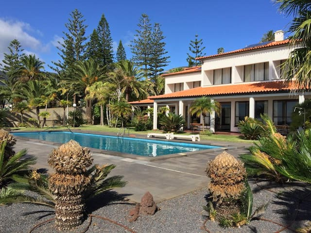 Vila Mar-Luxury Villa, private pool - Caniçal