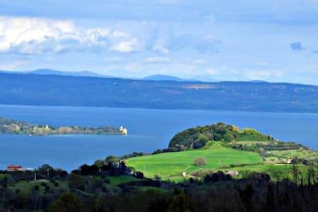 vista lago bolsena con terrazza - Valentano