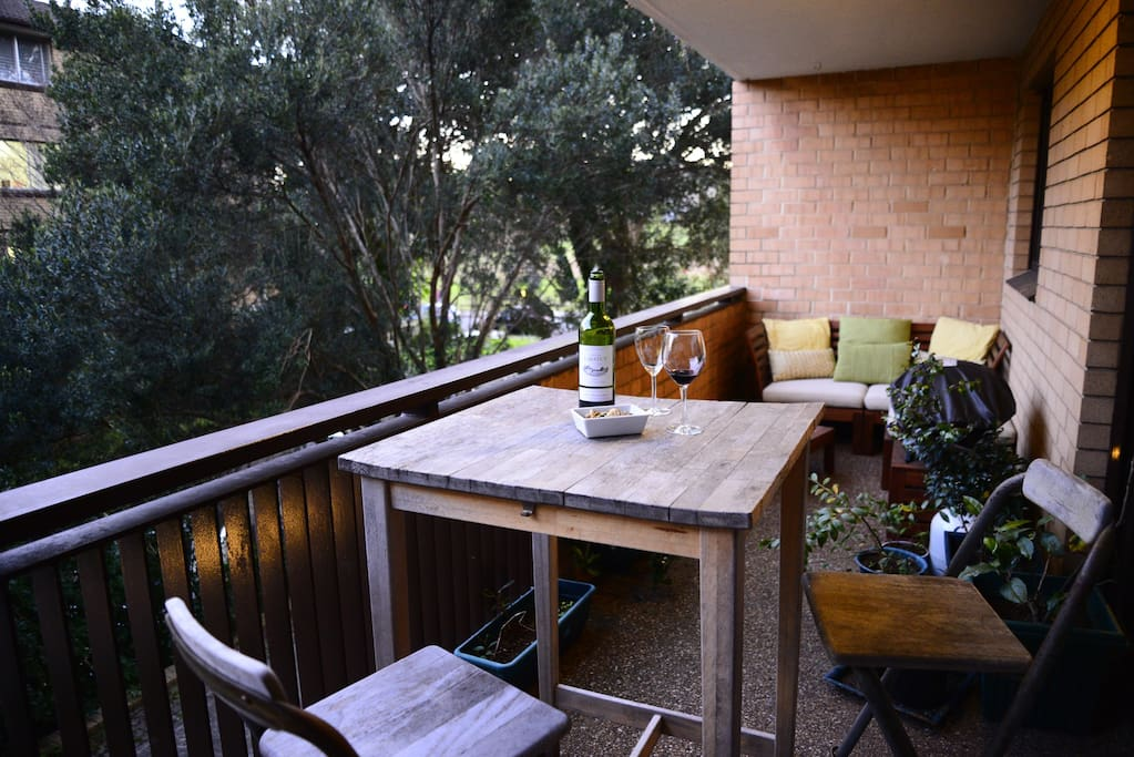Cosy balcony to relax for breakkie or drinks - with BBQ