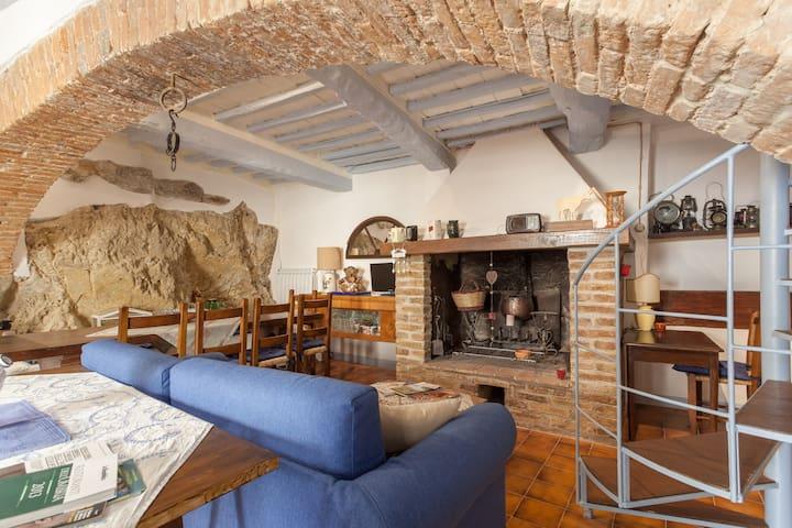 """Casa vacanze""""POGGIO"""" - Poggio delle Corti - House"""
