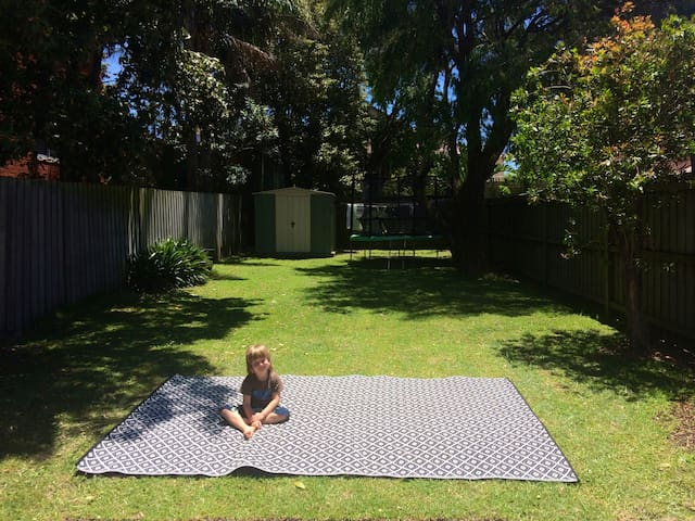 Happy family home minutes to ocean - Vaucluse - บ้าน