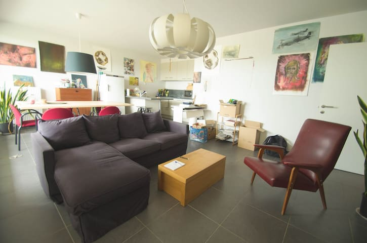 Bright apartment near the river - Gent - Apartment