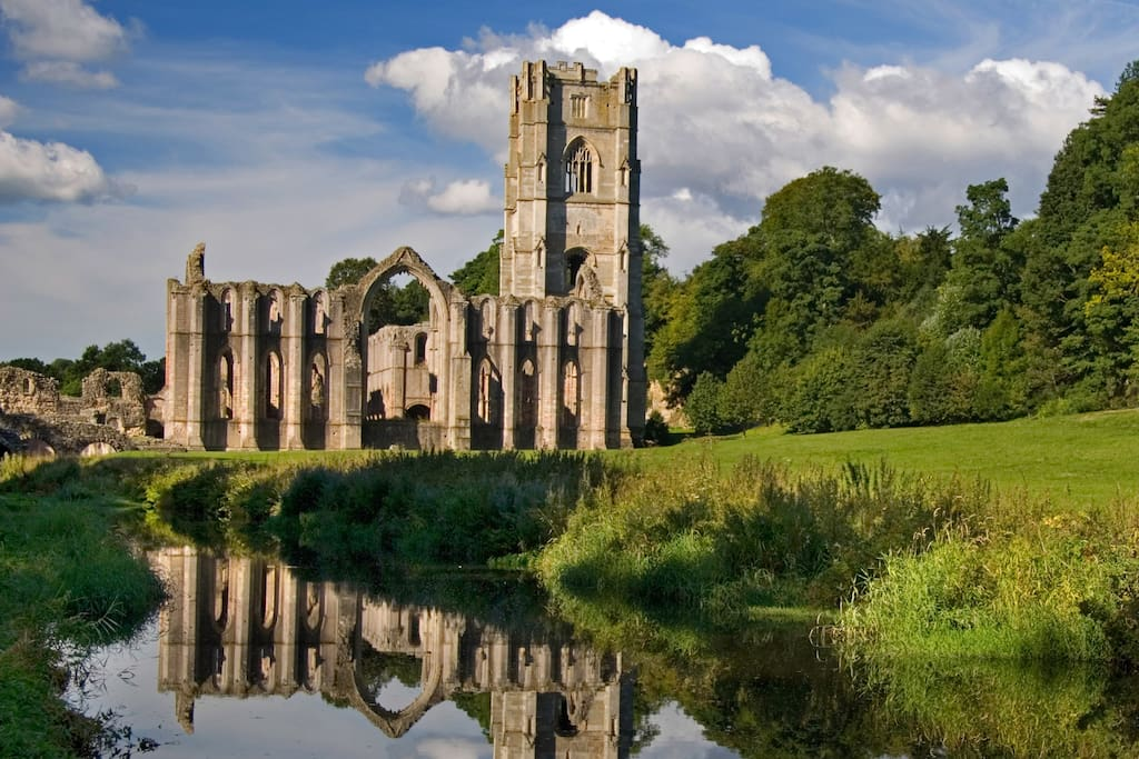 Visit the great attractions Yorkshire has to offer such as Fountains Abbey