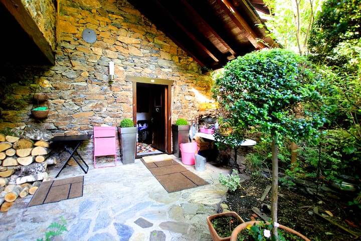 Place of charm and tranquility - Ordino - House