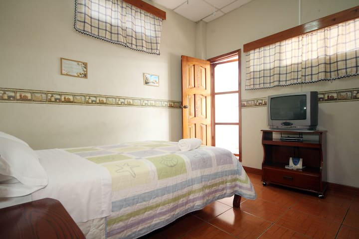 Casa Mabell -One bedroom apartment - Puerto Baquerizo Moreno - 公寓