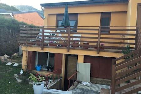 Magnífico loft en chalet (casa individual privada)
