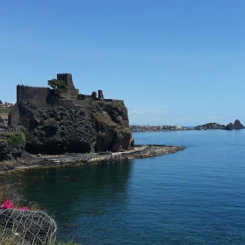 Acicastello casa liberty - Aci Castello - House