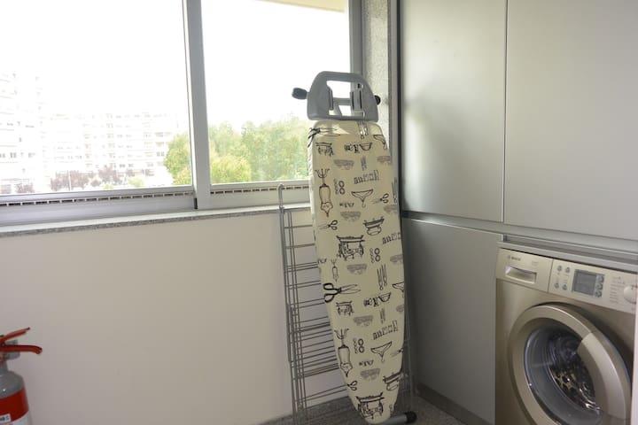 Laundry Area * Lavandaria