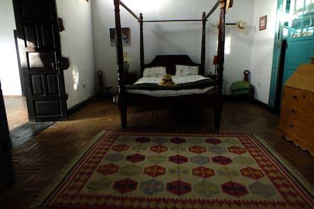 Habitacion con baño privada - Teguise - Hus