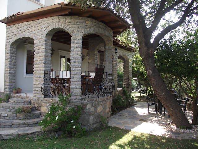 Secluded detached Garden Villa - Gundogan - Villa