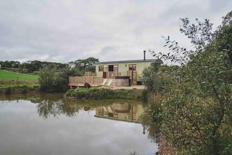 Leworthy Manor Herdsmans Hut