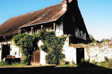 Maison de famille avec jardin - Bissey-sous-Cruchaud