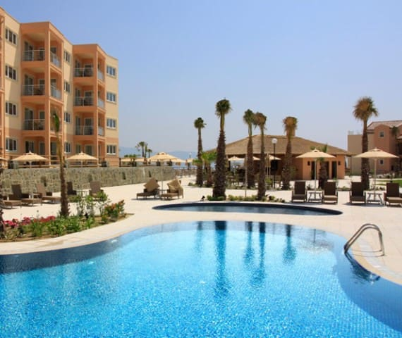 1 bedroom private apartment on Golf Resort