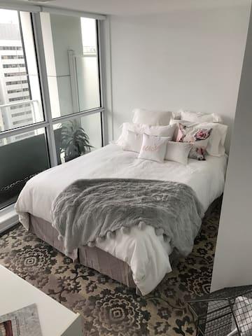 1 BR / Pvt Bath and Balcony - Ottawa - Appartement en résidence
