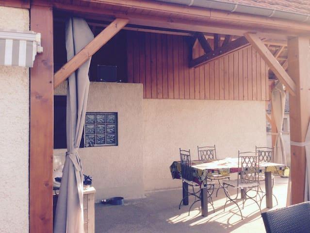 chambre climatisée pour 2 personnes - Brienne - Casa