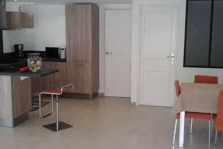 appartement dans villa individuelle - gorbio
