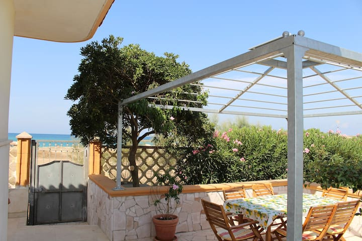 Unique charming Villa in scenic bay - Sant'Isidoro - Dom