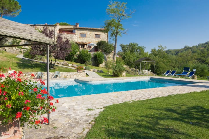 "Lovely 2BR/1BA apartment ""La Tana"" - Castellina In Chianti - Apartment"