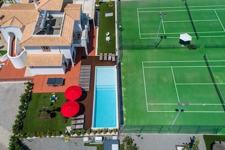 Villa 8BD | W/ private pool, Tennis courts & Putt