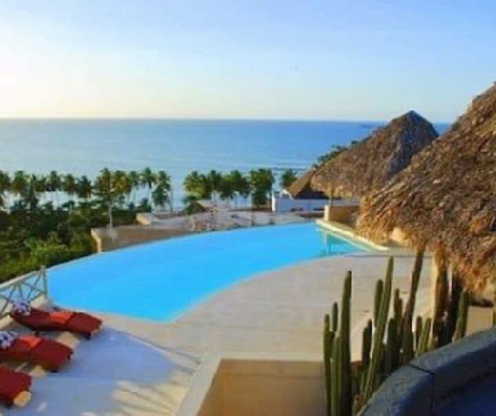 las Terrenas, 6 habitaciones, piscina, arena y mar