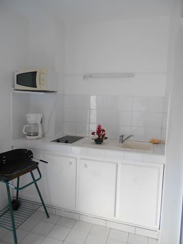 STUDIO RÉSIDENCE  TROPICALE MOULE - GP - Lägenhet