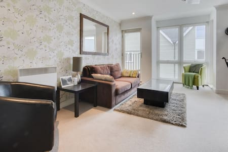 Riverside retreat within the heart of the city - Canterbury - Pis
