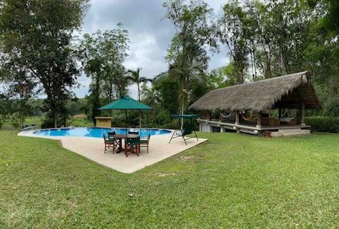 """La Cauchera""Paraíso tropical -54km de Sto Domingo"