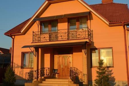 Семейный дом - Uzhhorod