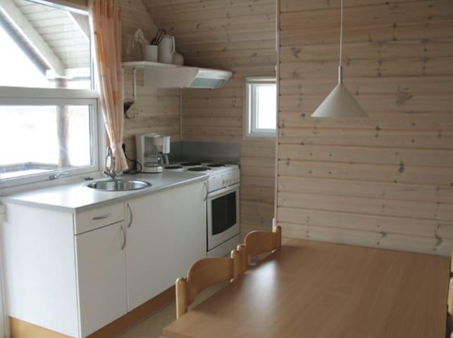Hytte til 5 pers. m. køkken, bad og inkl. linned - Sydals - Cabin