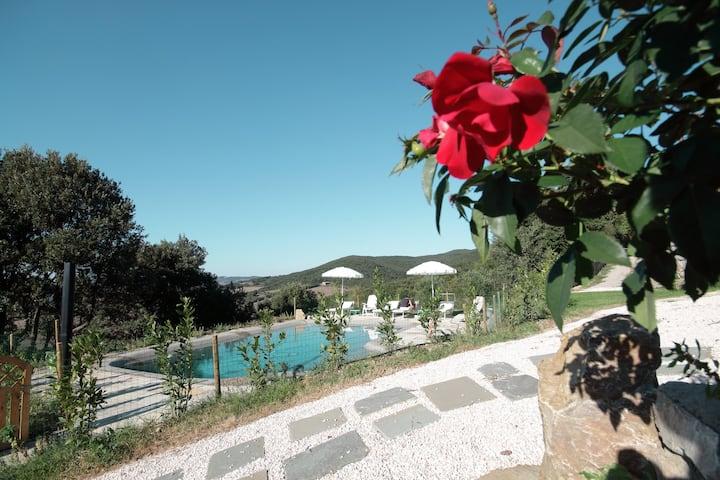 Un' Oasi  di relax tra Volterra e San Gimignano