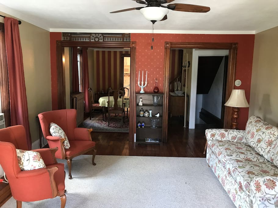 Hardwood floors, tasteful vintage appointments and a sleeper sofa welcome you to your getaway.