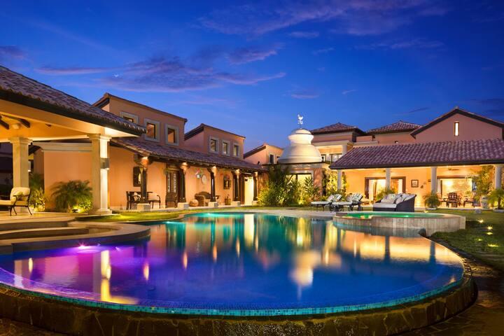 Beautiful Residence in Buenaventura