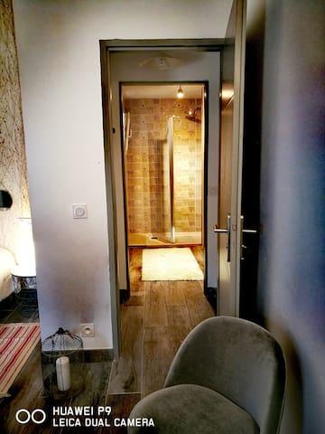 salle de bain chambre lavande