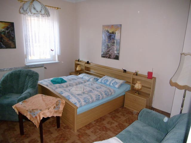 Ferienzimmer im Neuseenland - Borna - Flat