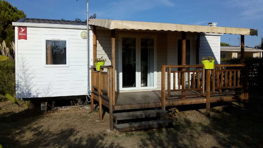 COQUET MOBIL HOME CLIMATISE 6 places.