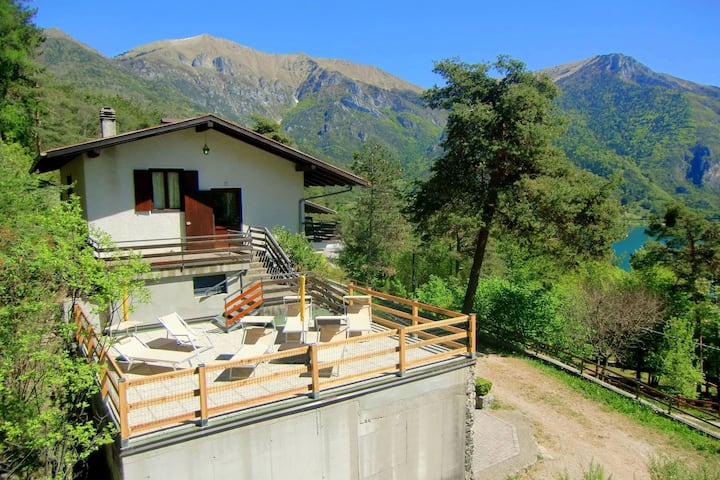 Stunning Holiday Home in Pieve di Ledro near Lake Pur