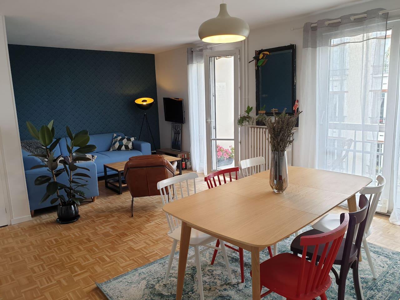 Salon canapé 5 places/ living-room with a 5 seats sofa