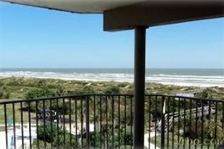 Colony Reef Club 1404- Excellent views from your balcony!! - Butler Beach