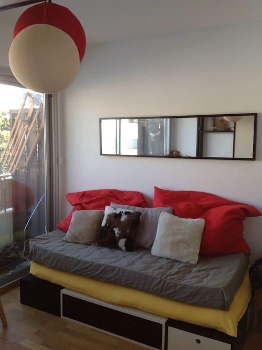 studio au coeur de la station appartements louer saint tienne de tin e provence alpes. Black Bedroom Furniture Sets. Home Design Ideas