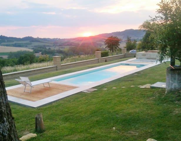 Country House Montessino / Malvasia