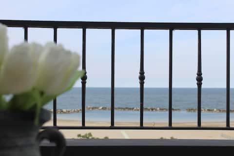 Nicolas's penthouse: between stars and sea!