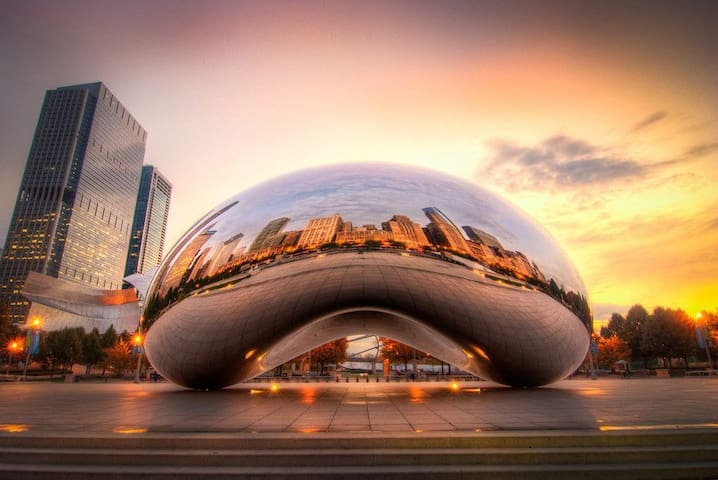 **Wow**Walk to Everything ** Heart of Chicago**